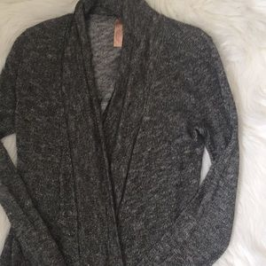 Sweaters - Stunning cardigan size S